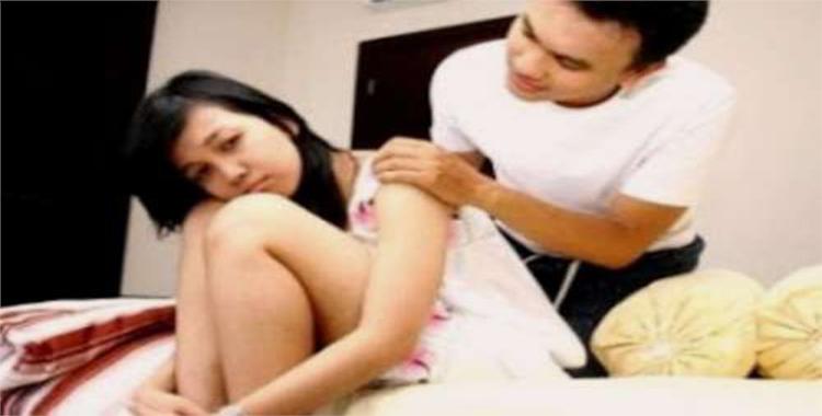 Suami Merasa Kaget Saat Malam Pertama Melihat Istrinya Yang Lugu Minta Gaya Aneh