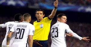 Wasit Aytekin Terancam Akan Disingkirkan UEFA Setelah Aksinya Yang Kontroversial