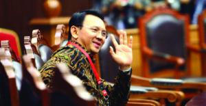 """Secercah Harapan Ahok Dalam Nota Pledoi """"Tetap melayani Walau Di Fitnah"""""""