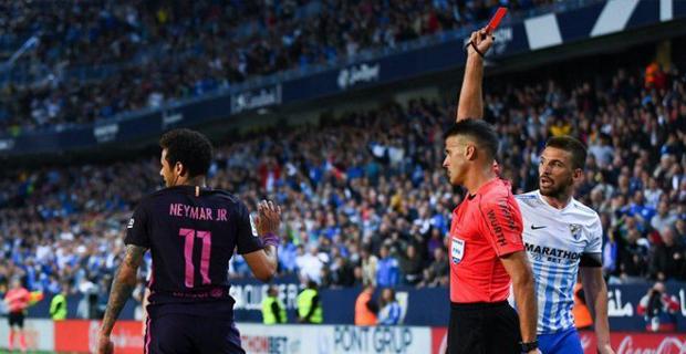 Berlaga Melawan Malaga, Neymar Diganjar Kartu Merah