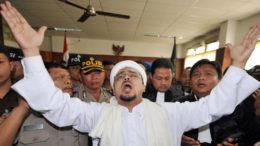 Benarkah Jokowi Diperhambat Kemajuan Indonesia Oleh Tingkah Laku Rizieq Shihab?