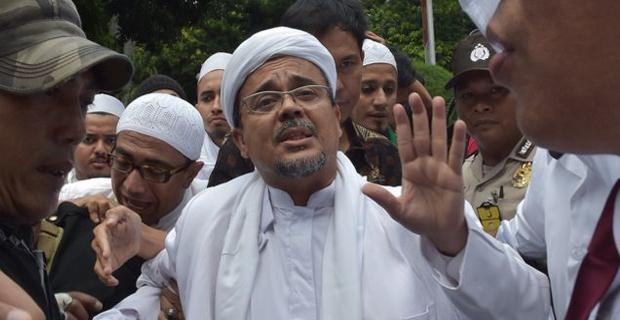 Rizieq Shihab Akan Melakukan Perang Hukum Setelah Ditetapkam Menjadi Tersangka