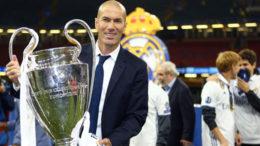 Tidak Selamanya Berjanji, Akankah Zinedine Zidane Menetap Di Real Madrid?