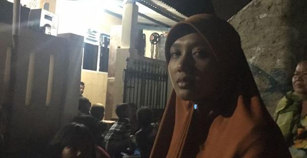 Istri Korban Yang Dibakar Warga hidup-Hidup Hanya Bisa Pasrah dan Serahkan Semuanya Kepada Polisi