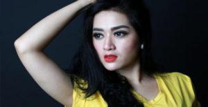 Pamor Meredup Pasca Bercerai dari Lucky Hakim, Tiara Dewi Sebut Popularitas Sudah Guratan Garis Tangan Dari Tuhan