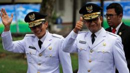 Aktivitas Pertama di Balai Kota, Gubernur dan Wakil Gubernur Anies-Sandi Berkenalan Dengan Para Staff