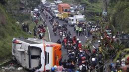 26 Orang Tewas Akibat Kecelakaan Bus Pariwisata Di Tanjakan Emen, Korban Mayoritas Perempuan