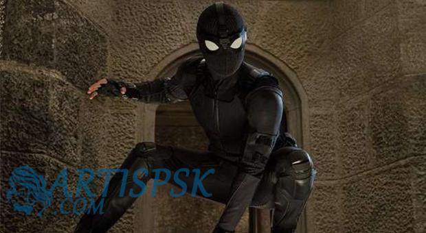 Kostum Siluman Spiderman dalam Far From Home
