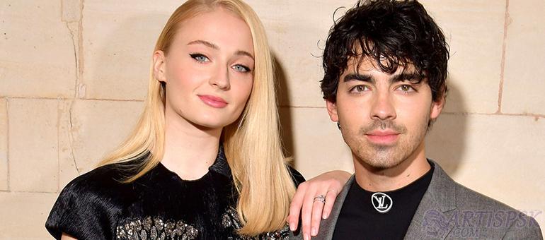 Serunya Pernikahan Joe Jonas dan Sophie Turner Menurut Priyanka Chopra